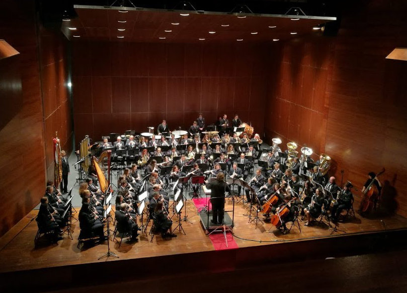 National Orchestra of Spain tubist performs with the Chelva Symphony Wind Band